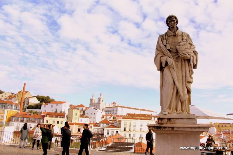 Portas do Sol Miradouro Lisboa