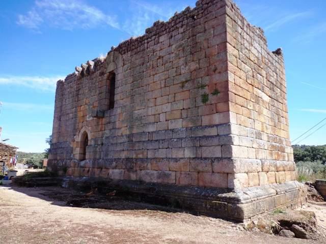 Torre de Menagem -Aldeia Histórica de Idanha a Velha foto