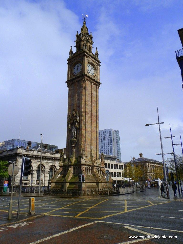 Albert-Memorial-Clock-Belfast-Irlanda-do-Norte-Northern-Ireland