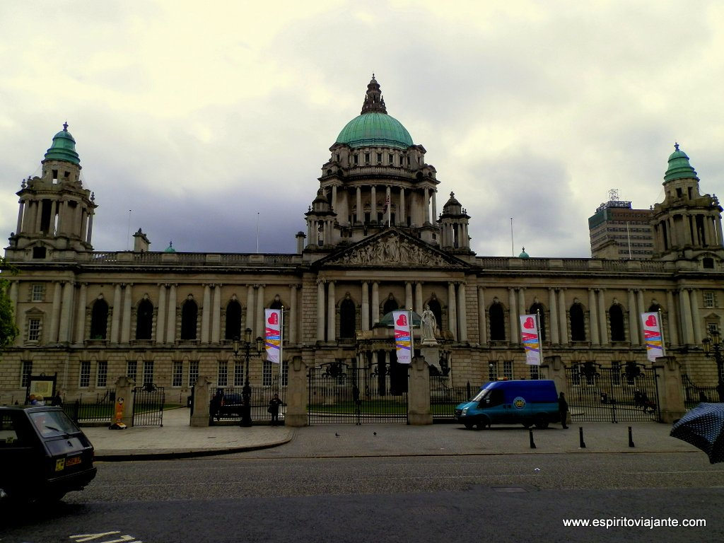 Belfast-City-Hall-Irlanda-do-Norte-Northern-Ireland