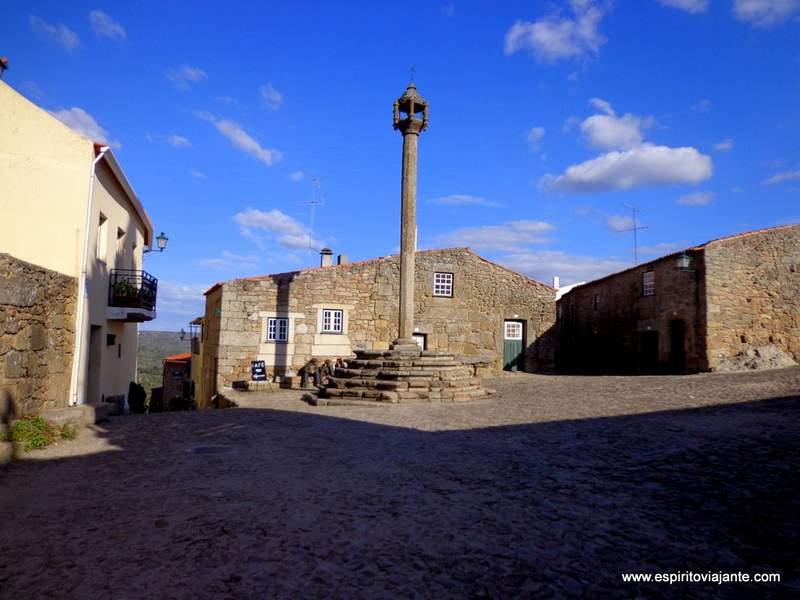 Aldeias Históricas de Portugal Castelo Mendo Almeida