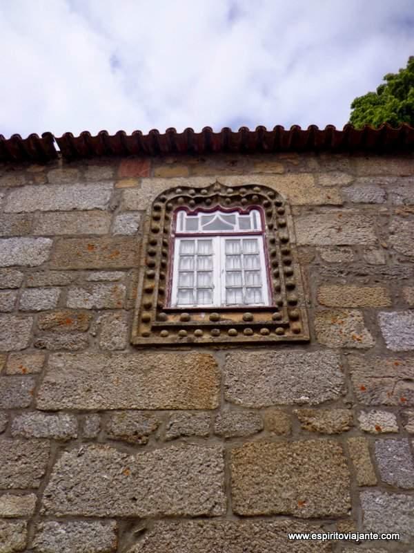 Janelas - Aldeia Historica de Linhares