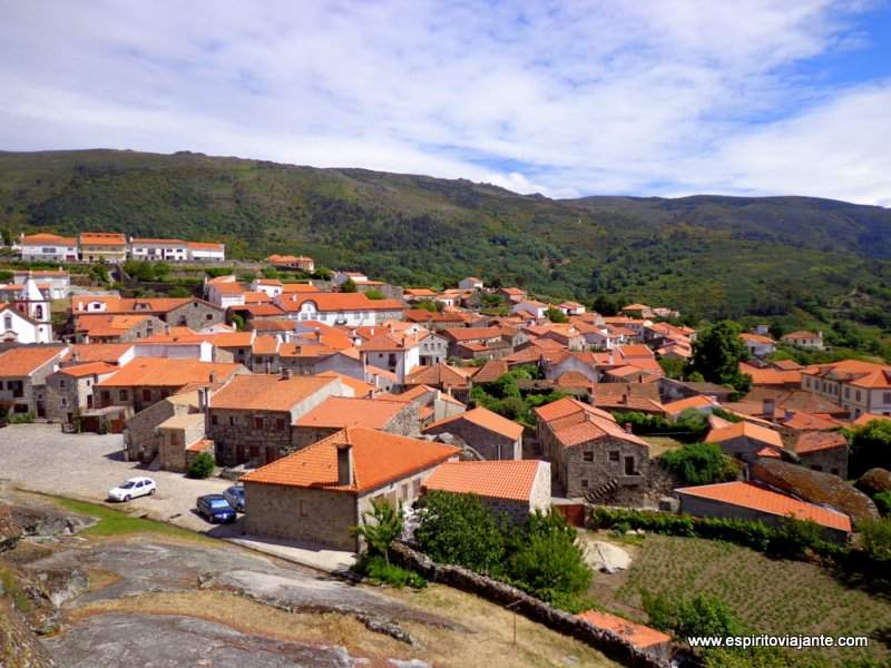 Aldeia de Linhares Serra da Estrela