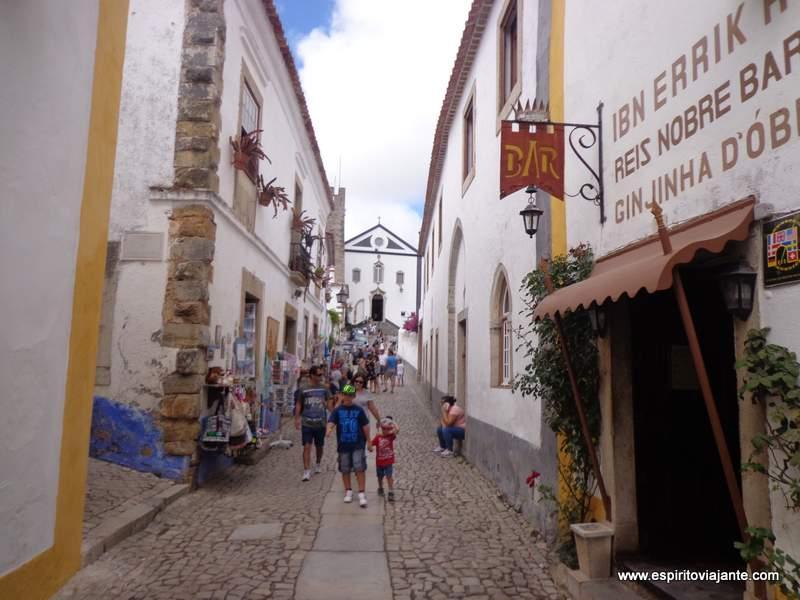 Rua Direita em Óbidos Portugal