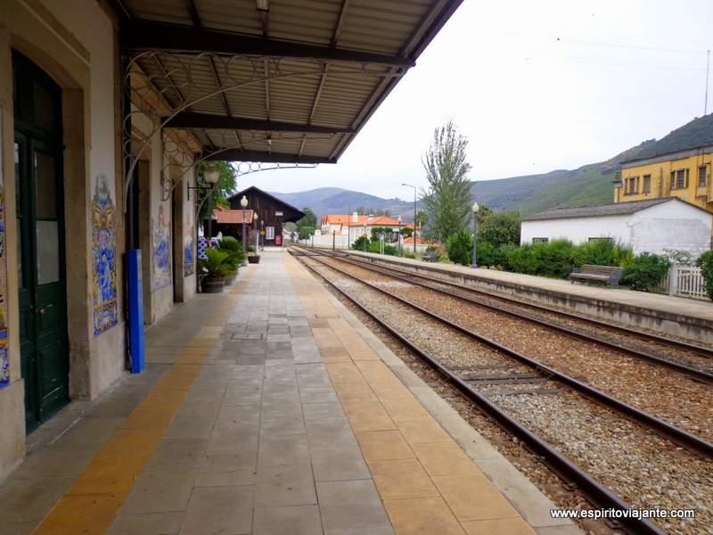 Estação-do-Pinhão Douro Vinhateiro