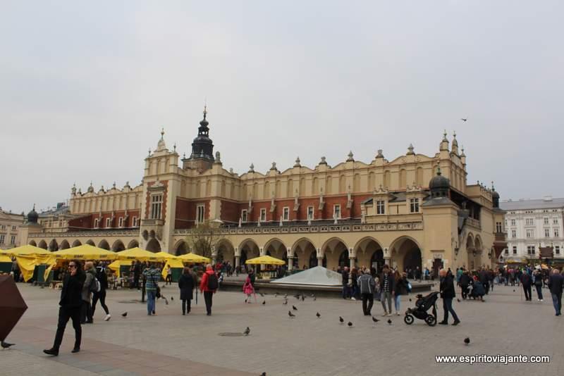 Mercado de Cracovia Sukiennice