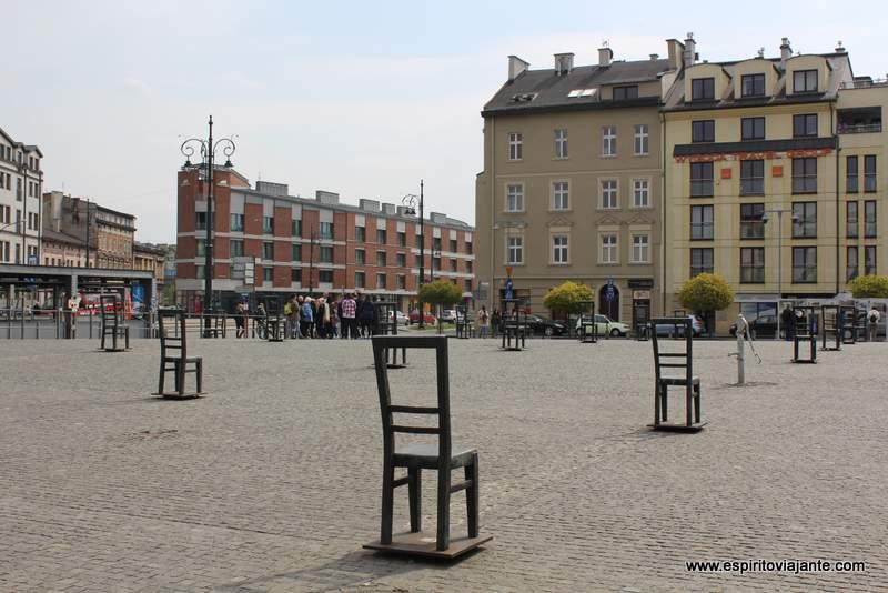 Praça dos Heróis do Gueto Plac Bohaterów Getta locais a visitar em Cracóvia