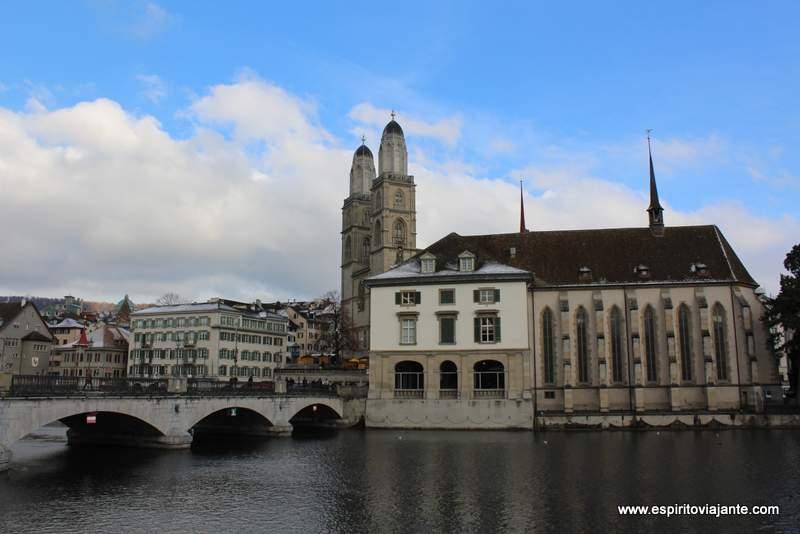 Wasserkirche Zurique Suiça