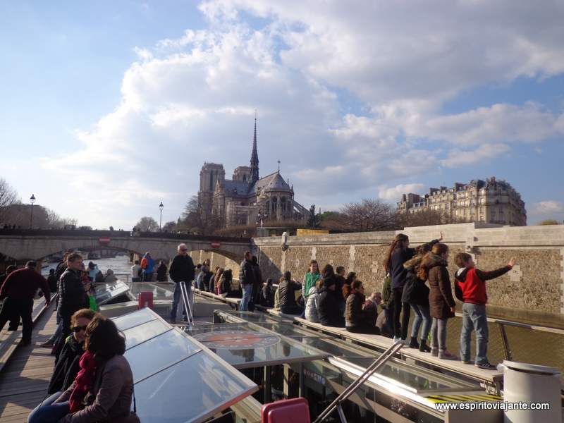 Seine River Cruises Paris