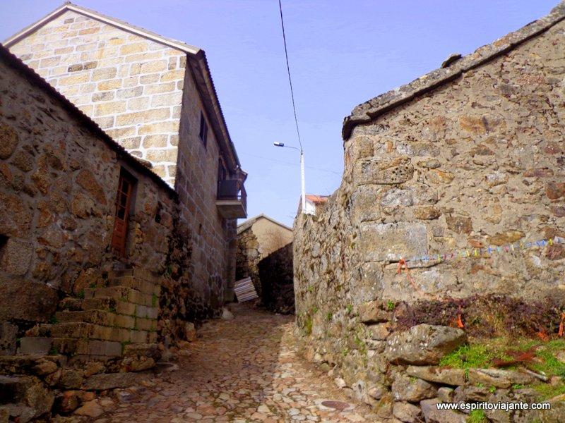 Centro histórico de Pitões das Junias