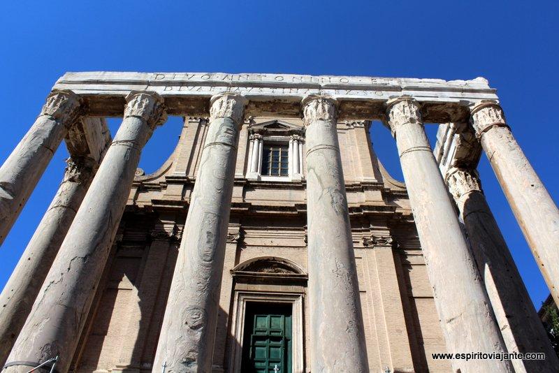 Templo do Imperador Antonino Roma