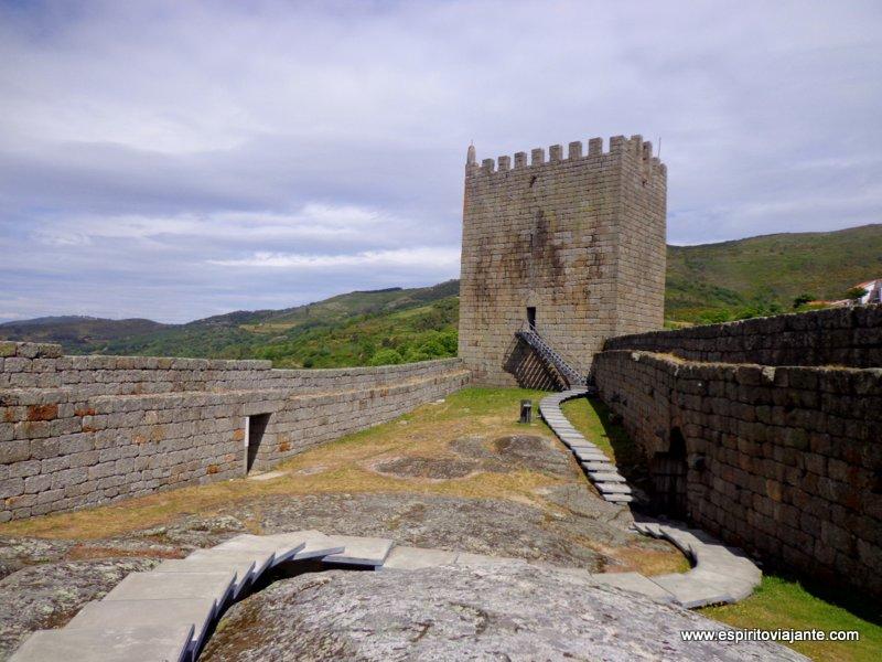Visitar a Aldeia Histórica de Linhares