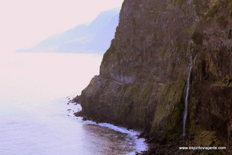 Cascata Véu da Noiva - Visitar a Madeira