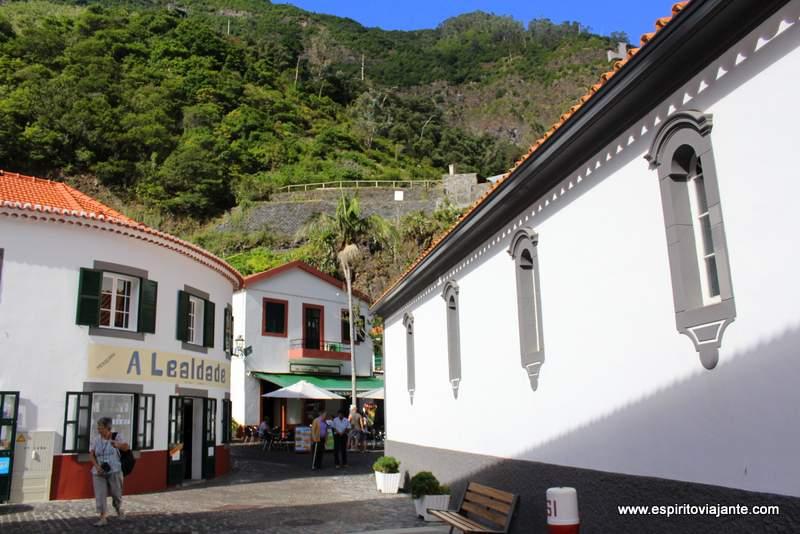 São Vicente - Visitar a Madeira