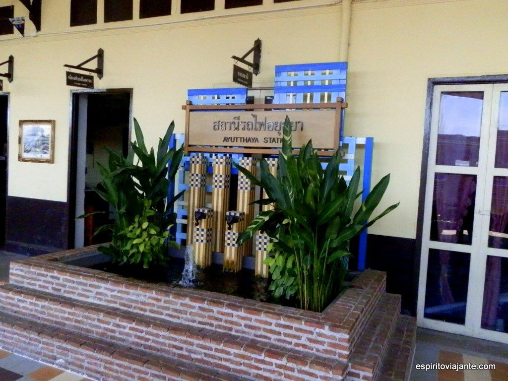 Estação de comboio de Ayutthaya