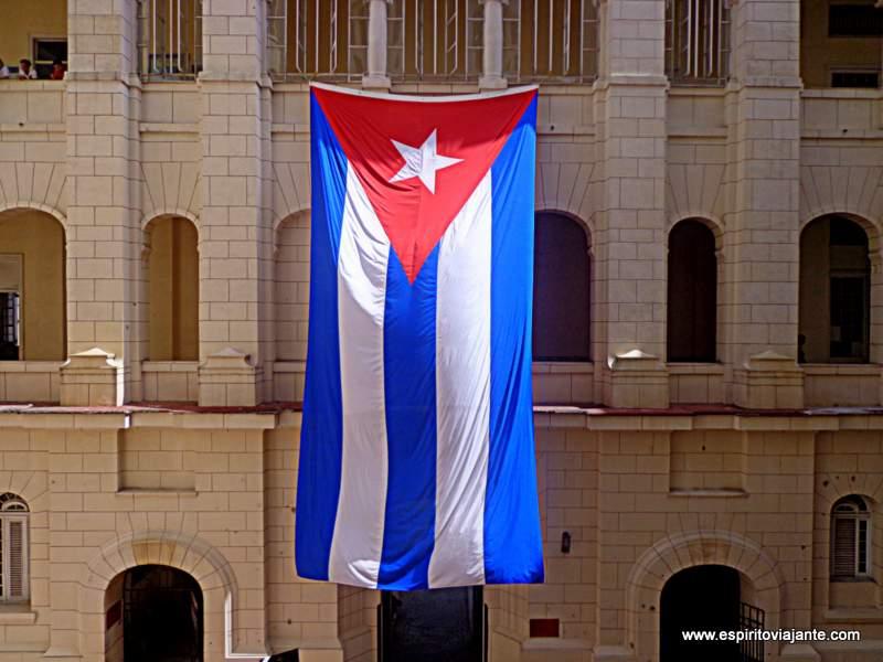 Cuba_bandeira visitar Cuba