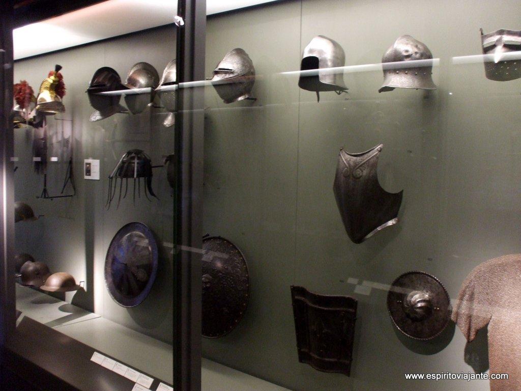 Armas de guerra Grand Curtius