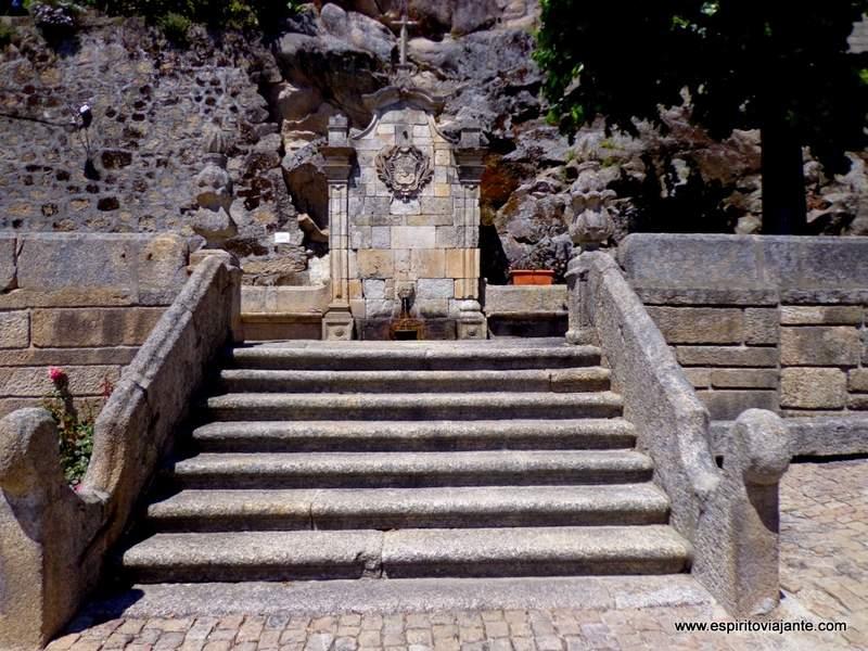 Aldeia Histórica de Castelo Novo Chafariz da Bica Turismo