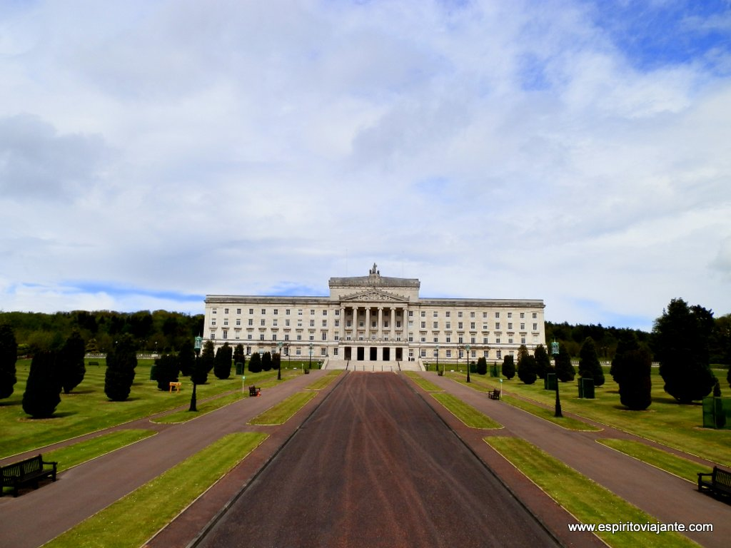 Stormont-Parliment-Buildings-Belfast-Photo.