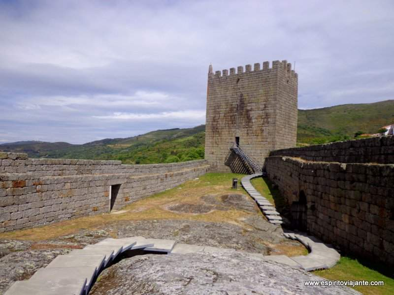 Castelo de Linhares Serra da Estrela