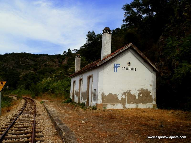Linha-do-Tua-Douro-Vinhateiro-Apeadeiro-de-Tralhariz