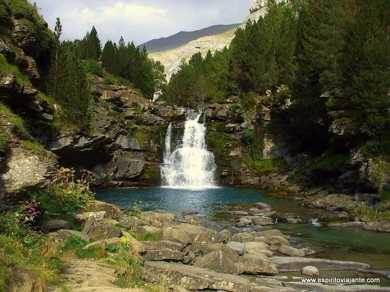 Vale da Ordesa Pireneus España
