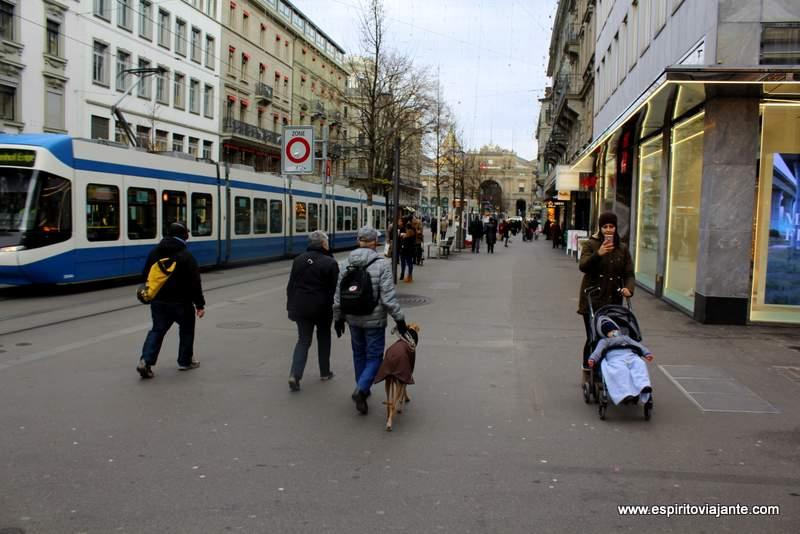 Bahnhofstrasse Zurique Suiça