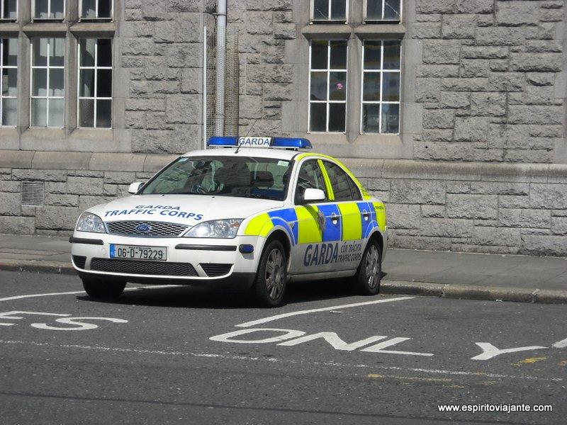 Policia Dublin