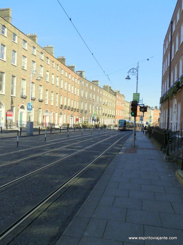 Transporte Dublin metro tram