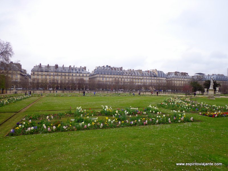 Paris Jardim das Tulherias