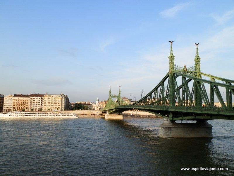 Ponte da Liberdade Szabadság híd