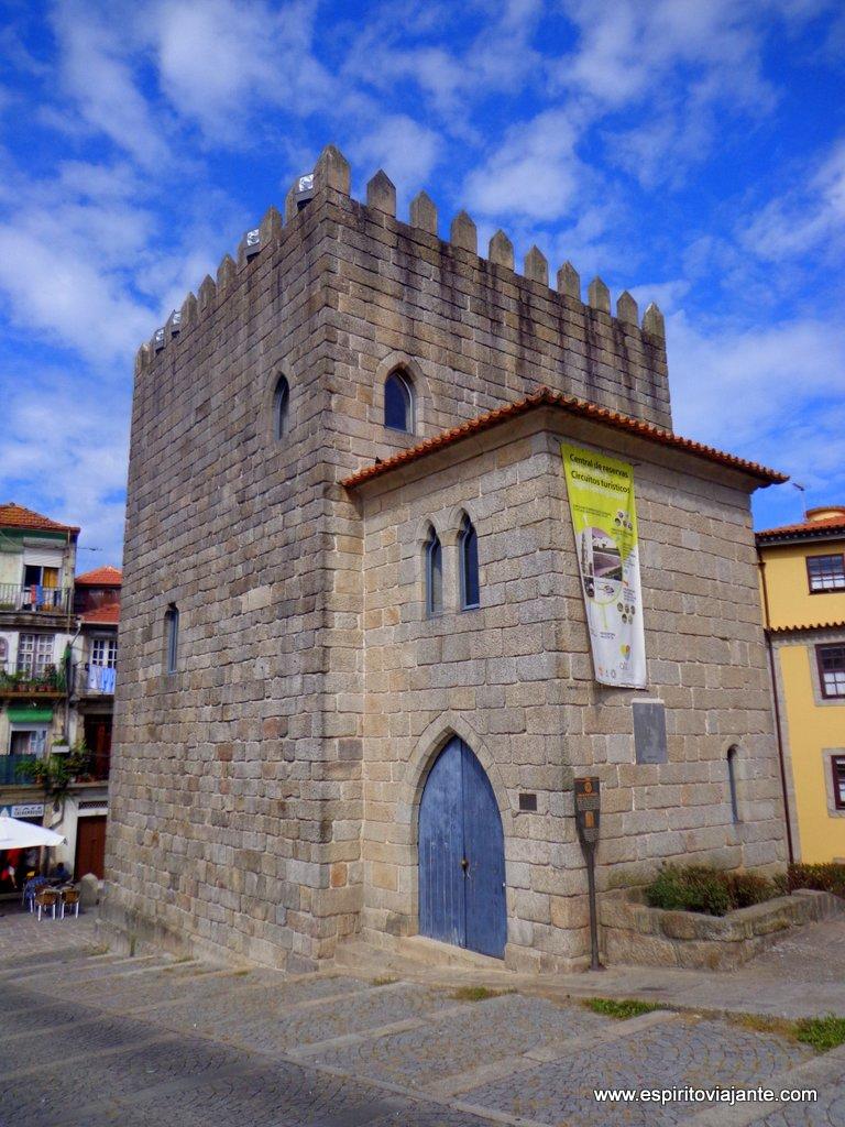 Torre de D. Pedro Pitões Porto